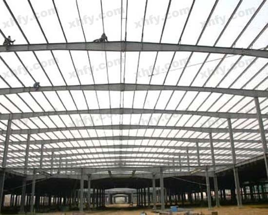 北京彩钢网提供生产普通钢架厂家